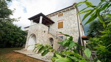Kamena kuća na prodajuPoreč