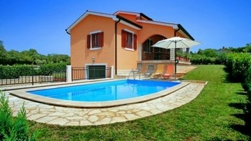 House with pool for sale Porec